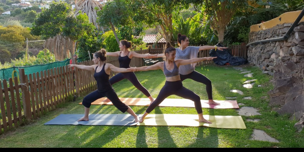 Week of yoga classes in the garden