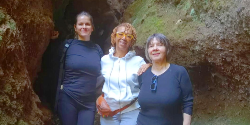 Guests of Yoga Retreat in Spain hiking in Osorio